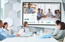 Dòng Philips C-Line – Bước phát triển đột phá cho môi trường giáo dục và hội họp